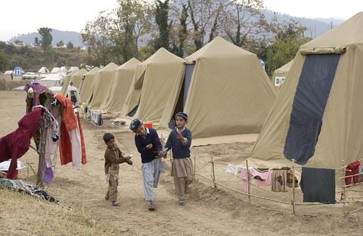 refugees-shinkiari-81770__340